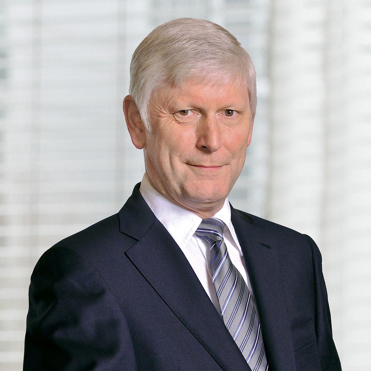 """""RWE ο διευθύνων σύμβουλός της R. M. Schmitz"